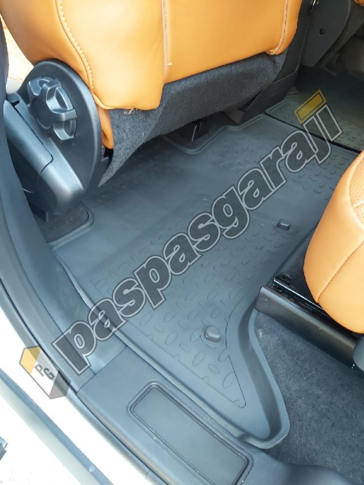 Seintex Land Rover Discovery 5 2017-2020 4d Havuzlu Paspas