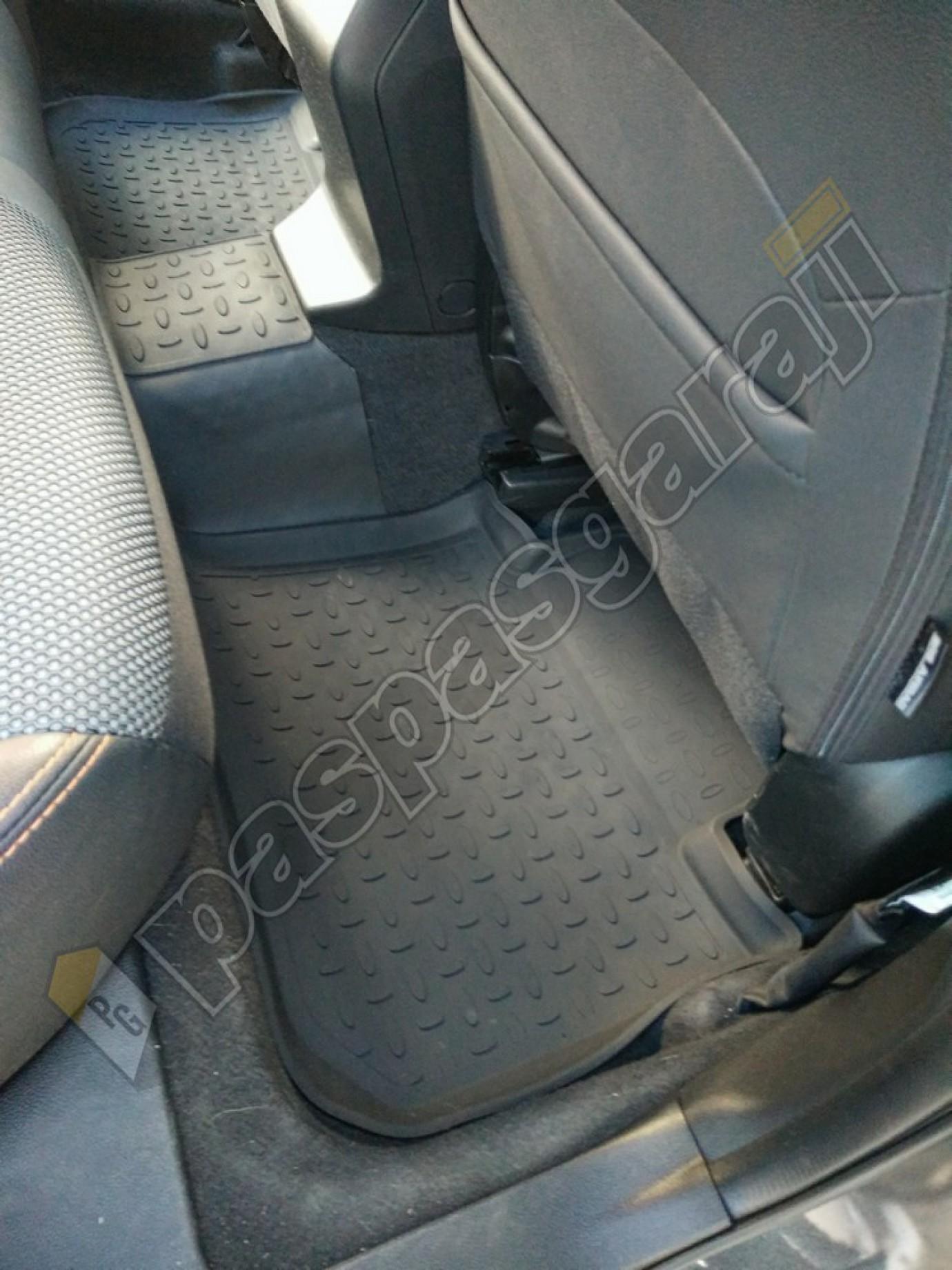 Seintex Subaru Xv 2018-2020 Seintex 4d Havuzlu Paspas