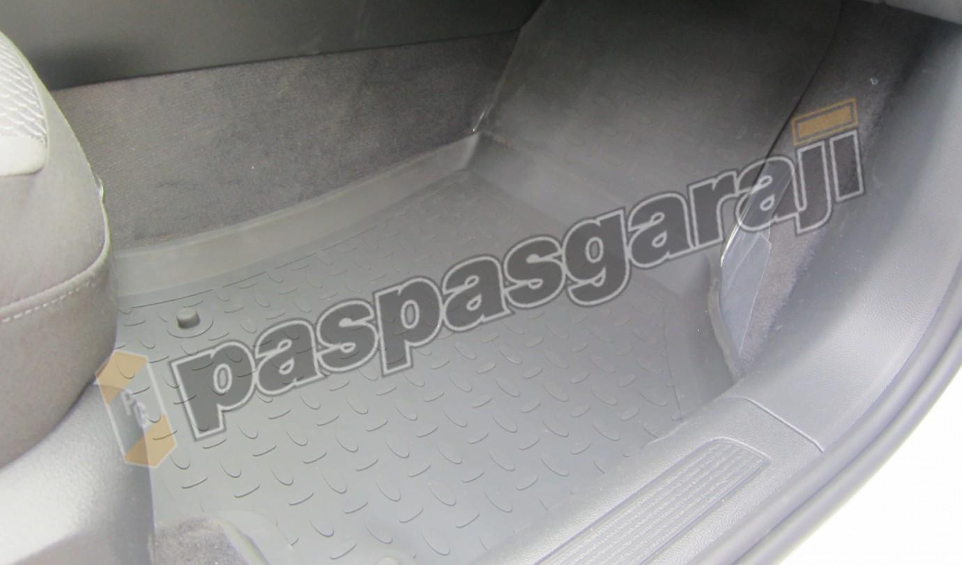 VOLKSWAGEN PASSAT B8 2014-2019 Seintex 4D Havuzlu Paspas