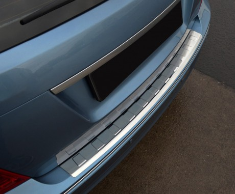 Mercedes C Serisi W204 Krom Arka Tampon Eşiği (taşlı) 2007-2014