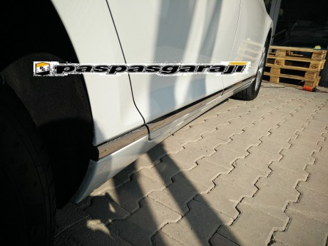 Vw Yeni Passat B8.5 Krom Yan Kapı Çıtası 8 Prç 2019- Üzeri
